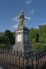 """England Britain """"Great Britain"""" Wessex Geotagged  """"West Park"""" """"Watts Park"""" """"West Marlands"""" Watts """"Isaac Watts"""" Statue (John D McDonald) Tags: england britain greatbritain wessex geotagged westpark wattspark westmarlands watts isaacwatts statue centralparks southamptoncentralparks"""