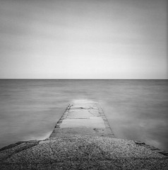 Scarbrough Jetty (Ian-Barber Photography) Tags: 6x6 mamiyac220 mediumformat film mono