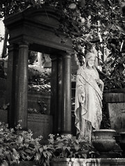 20180518-0127-Edit (www.cjo.info) Tags: 19thcentury 19thcenturyneogothic bw england europe europeanunion highgate highgatecemetery highgatecemeterywest london m43 magnificent7 magnificentseven magnificentsevengardencemeteries microfourthirds nikcollection olympus olympuspenfgzuikoautos40mmf14 olympuspenf penfmount silverefexpro silverefexpro2 unitedkingdom victoriangothic westerneurope architecture art beard blackwhite blackandwhite blur bokeh carving cemetery classiclens classical column death decay digital doorway facialhair flora focusblur gothic gothicrevival gravegraveyard ionic legacylens man manualfocus monochrome neoclassical overgrown people plant sculpture shallowdepthoffield statue stone stonework tree victorian wood wooded