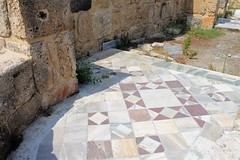 IMG_0462 (Nai.Sass) Tags: lebanon trave tyre sour anjar baalback ruins roman byzantine middle east temples summer vacation sea amateur