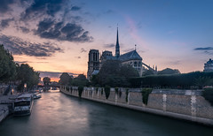 Notre Dame Sunset (andreasmally) Tags: notre dame sunset paris cathedral church kirche seine france frankreich water fluss river