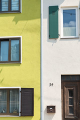 Number 34 (pni) Tags: building window wall number color colour yellow altstadt stgoarshausen ger18 germany deutschland pekkanikrus skrubu pni