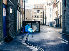 20180810T16-00-01Z-P8100267 (fitzrovialitter) Tags: tent peterfoster fitzrovialitter city camden westminster streets rubbish litter dumping flytipping trash garbage urban street environment london fitzrovia streetphotography documentary authenticstreet reportage photojournalism editorial captureone olympusem1markii mzuiko 1240mmpro microfourthirds mft m43 μ43 μft geotagged oitrack vagrant camdencouncil
