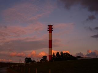 Sonnenuntergang am Jade-Weser-Port Wilhelmshaven - 4