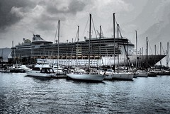 Independence of the seas in Cartagena, Spain (carlluxford) Tags: olympusomdem10 independenceoftheseas royalcaribbean independence port cartagena spain cruiseship