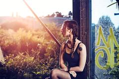 Sunset urbex (Rollkidd) Tags: portrait urbex abandonné femme landes montdemarsan nikon vintage lumière sunset couchersoleil strobist flash
