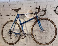 Classic Paris Galibier Racing Cycle (velodenz) Tags: velodenz fujifilm x100f racing bicycle bike cycle paris galibier mafaccentrepullbrakes tachainset suntourrearderailleur 1000 views velo bicyclette bici bicicleta bicictleta fahrrad fiets pushbike café restaurant repostmyfuji repostmyfujifilm condor 2000 2000views