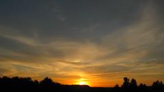 Beautiful sunrise 08/12/2018 Sumy reg. Ukraine. (ALEKSANDR RYBAK) Tags: рассвет восход утро солнце свет небо облака волшебство драматизм лето погода сезон dawn sunrise morning sun shine sky clouds magic dramatic summer weather sunset skyline airplane dusk