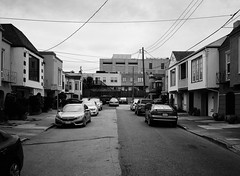 Outer Mission // San Francisco (bior) Tags: fujifilmga645zi ga645zi ilfordfp4plus125 fp4 fp4plus ilfordfilm sanfrancisco 6x45cm 645 mediumformat filmphotography film street outermission