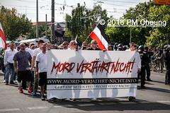 Rudolf-Heß-Gedenkmarsch 2018: Mord verjährt nicht! Gebt die Akten frei! Recht statt Rache  und Gegenprotest: Keine Verehrung von Nazi-Verbrechern! NS-Verherrlichung stoppen! – 18.08.2018 – Berlin –IMG_6288 (PM Cheung) Tags: rudolfhessmarsch wwwpmcheungcom berlin mordverjährtnichtgebtdieaktenfreirechtstattrache neonazis demonstration berlinspandau spandau friedrichshain hesmarsch rudolfhes 2018 antinaziproteste naziaufmarsch gegendemonstration 18082018 blockade npd lichtenberg polizei platzdervereintennationen polizeieinsatz pomengcheung antifabündnis rechtsextremisten protest auseinandersetzungen blockaden pmcheung mengcheungpo pmcheungphotography linksradikale aufmarsch rassismus facebookcompmcheungphotography keineverehrungvonnaziverbrechernnsverherrlichungstoppen antifaschisten mordverjährtnicht rudolfhesmarsch sitzblockaden kriegsverbrechergefängnisspandau nsdap nskriegsverbrecher geschichtsrevisionismus nsverherrlichungstoppen hitlerstellvertreterrudolfhes 17august1987 rathausspandau ichbereuenichts b1808 festderdemokratie verantwortungfürdievergangenheitübernehmen–fürgegenwartundzukunft rudolfhessmarsch2018 rudolfhesgedenkmarsch rudolfhesgedenkmarsch2018