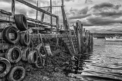 DSC01990- Heath Robinson Pier (Ray McIver Photography) Tags: aug18 paddyshole southgare abandonedengineering midday stormysky