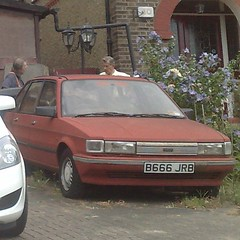 ♕ (uk_senator) Tags: 1987 austin rover maestro faded red