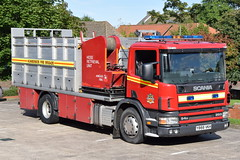Humberside - Y866VKH - Barton Upon Humber - WSU (matthewleggott) Tags: humberside fire rescue service engine appliance barton upon humber y866vkh scania fosters commercials angus hose layer hl wsu water support unit retrival system