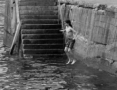 Back to the Harbour (Maria .... on here to learn and be inspired.) Tags: mono blackandwhite harbour children playing sea water people relaxing steps enjoyment socialising