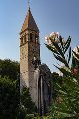Croatia - Split (roflson) Tags: croatia landscape scenery sky statue city split flower sunny
