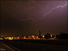 Bonita noche¡¡ (peavy30) Tags: tormenta storm zaragoza aragon verano nubes rayos clouds nocturna agosto