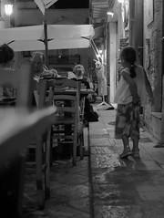 sorpresa (dusklight82) Tags: street lecce salento notte bambina coniglio