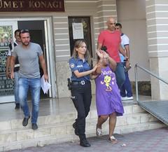Polisten kaçarken bile hırsızlık yapmışlar (haberihbarhatti) Tags: antalya emniyetmüdürlüğü finike kemer konyaaltı