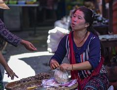 El mercado (Nebelkuss) Tags: myanmar nyaungshwe lagoinle inlelake asia birmania burma mercado market fujixt1 canonfd100f28