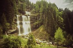 Cascate di vallesinella (>Ace<) Tags: fujivelvia50 e6 nikonfe2