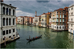 The Magical City (kurtwolf303) Tags: 2018 italien stadt venedig city venice boats boote water wasser kanal canale buildings gebäude häuser persons himmel sky clouds wolken italy italia kurtwolf303 nikon nikond5500 gondel urban cityscape venezia dslr gondola