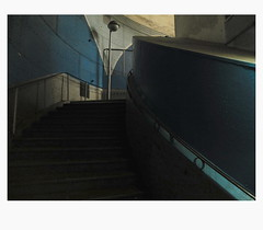 [ B L E U  /  B L A N C  /  R O U G E ] (michelle@c) Tags: urban cityscape city architecture wall stair lampost quay subway station metro underground cité parisiv 2018 michellecourteau
