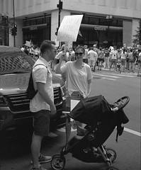 Family Fun Day.jpg (Milosh Kosanovich) Tags: suburbanites familiestogetherprotest precisiondigitalphotography chicagophotoart chicagophotographicart chicago nikonf100 miloshkosanovich unfucktheworld mickchgo democracyinaction bringstrollerprotest chicagophotographicartscom downtownchicago kodakdoublex5222