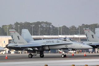 Marines F/A-18 Hornet, VMFA-115
