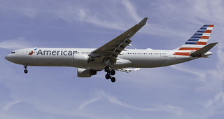 American Airlines A330-300 N278AY at London Heathrow - LHR/EGLL