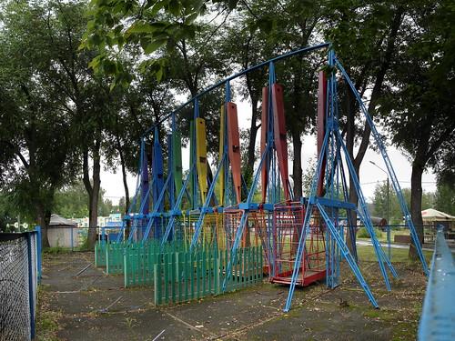 Гигантские качели в Парке Маяковского ©  ayampolsky