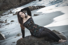 Swept Away (Luv Duck - Thanks for 13M Views!) Tags: approved genevieve brunette beautifulgirl beautifulbody curvy californiagirls pacificgrove monterey beach beachgirl modeling model