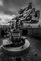 Atlantic Wall // german naval gun 10.5 cm SK C/32 SK - Schnellladekanone (quick loading cannon) (LB-fotos) Tags: naval gun weapon ww2 germany deutschland krieg war hdr canon atlantikwall atlantic wall festung weserübung wehrmacht blackwhite schwarzweiss