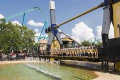 DAE_4962r (crobart) Tags: canadas wonderland cedar fair amusement theme park rip tide