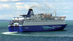 18 08 10 Oscar Wilde departing Rossalre  (11) (pghcork) Tags: oscarwilde rosslare ferry ferries carferry irishferries ireland wexford