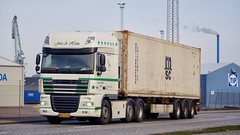 AA73442 (17.03.31, Østhavnsvej, Oliehavnsvej)DSC_4590_Balancer (Lav Ulv) Tags: 224907 østhavnsvej portofaarhus white daf dafxf xf105 105460 e5 euro5 6x2 martinolesen vognmandmartinolesen jensaholm kronetrailer 2013 container msc truck truckphoto truckspotter traffic trafik verkehr cabover street road strasse vej commercialvehicles erhvervskøretøjer danmark denmark dänemark danishhauliers danskefirmaer danskevognmænd vehicle køretøj aarhus lkw lastbil lastvogn camion vehicule coe danemark danimarca lorry autocarra danoise trækker hauler zugmaschine tractorunit tractor artic articulated semi sattelzug auflieger trailer sattelschlepper vogntog