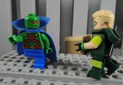 A Key to Destroy the Justice League (-Metarix-) Tags: lego super hero minifig dc comics comic green arrow martian manhunter no justice box league rebirth universe hall