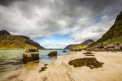 Uttakleiv beach - Haukland @ Norway 2018 (zilverbat.) Tags: noorwegen outdoor norway norwegian norwic norge beach lofoten mountains clouds wallpaper world water waterfront rocks bild zilverbat nature canon hiking hike europe europa uttakleiv haukland 2018