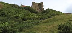 Scarborough Castle  12th-century Ruins . North Yorkshire, England , UK (19-08-18) (CT Photography.) Tags: scarborough town northyorkshire england uk 190818 coast ruins 12thcentury medieval edievaruins castleruins