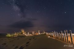 Punta paloma, Tarifa. (Antonio Camelo) Tags: nikon nature naturaleza night noche vialactea milky lights landscapes luces duna dune sky sea sand arena
