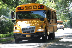 Lakeland CSD #611 (ThoseGuys119) Tags: lakelandcsd schoolbus shruboakny thomasbuilt bluebird
