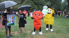 Counter Protesters in Lafayette Square, Washington, DC, August 12,2018 (kimsworldofart) Tags: unitetheright unitetheright2 lafayettesquare washington dc peta peoplefortheethicaltreatmentofanimals costumes carrot corn