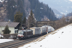 A MRCE 193 879 Wolf am Brenner 19-02-2018 (peters452002) Tags: peters452002 oostenrijk bahn brennerbahn clickcamera cargo spoor spoorwegen austria eisenbahn etrain elok railways railway railroad railroads rail trains train trein treinen twop transportation vectron jalalspagestransportationalbum ferrovia