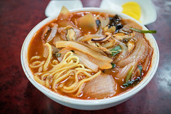 Spicy Seafood Noodles. (Kim Jin Ho) Tags: spicy chilli onion squid clam korean chinese food