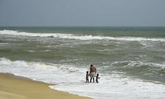 ... Try to be pure and unselfish ... (Device66.) Tags: miviaje india xicon mamallapuram oceano incredibleindia golfodebengala iloveindia