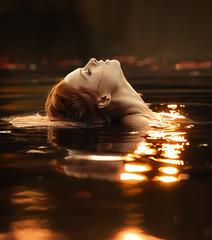 Golden water (David Olkarny Photography) Tags: davidolkarny olkarny david bruxelles brussels water golden