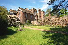 A quiet lawn (M_squared Images) Tags: msm1935 lancs rufford ruffordoldhall nationaltrust