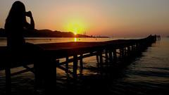 Fotografiant la sortida de sol a Alcudia (bertanuri bcn) Tags: alcudia mallorca baleares islas balears illes pont bridge puente mediterrani mediterranee mediterraneo sea mar agua water eau hdr océano