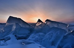 Sunrise Baïkal Lake, Siberia - Russia (The Voyageur) Tags: baïkal siberia sibérie russia russie sunrise sunset ice iceberg glace winter hiver nikon nikonpassion nikond750 nikonfrance blue bleu froid cold sky ngc nature dof