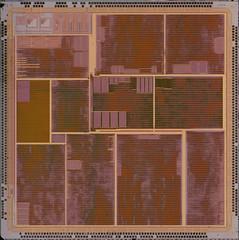 STMicroelectronics@250nm@PowerVR_Series3@STG-4000@ST_Kyro@STG4000-X_A3S_F_42775.1_9224L0149_MALTA___DSCx4_top-metal-layer@5x (FritzchensFritz) Tags: stmicroelectronics powervr 250nm series3 stg4000 st kyro hercules 3d prophet 4000 stg4000x a3sf427751 malta fixedpipeline chip core gpu tmu die shot dieshots