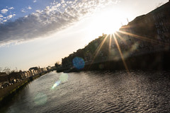 Sunset over The Liffey (pepsamu) Tags: dublin dublín the liffey theriverliffey ríoliffey sun sol agua water river río city urban ciudad urbana canon 60 60d canon60d travelling travel visiting tourist ireland irlanda eire 2018 sunset ocaso light